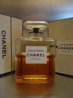 cuir de russie parfum chanel 1924. Black Bedroom Furniture Sets. Home Design Ideas